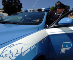 ps-volante_e_poliziotto