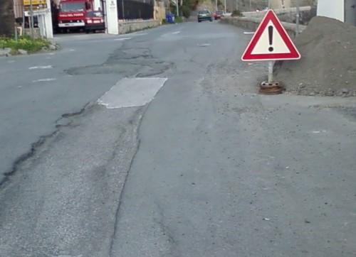 Nuovi limiti a moto e mezzi a due ruote in alcune vie della città: il malcontento dei cittadini