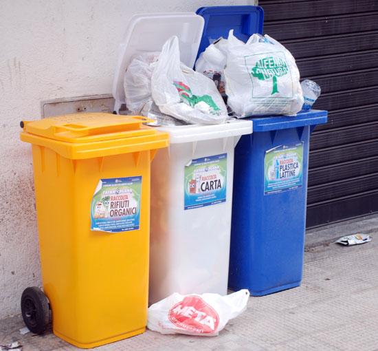 La storia di Favara Ovest: arriva doppia tassa dei rifiuti per i cittadini