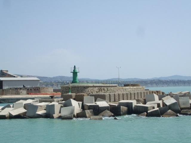 Porto Empedocle, trovato morto nell'area portuale il collaboratore Giulio Albanese