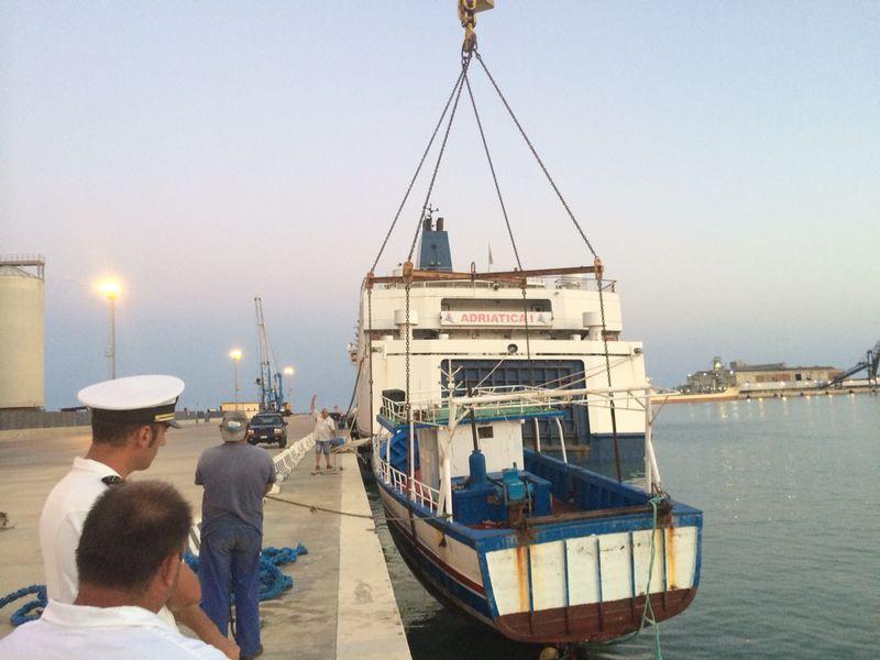 Nuova ondata di sbarchi fantasma nell'agrigentino: soccorsa anche imbarcazione in difficoltà