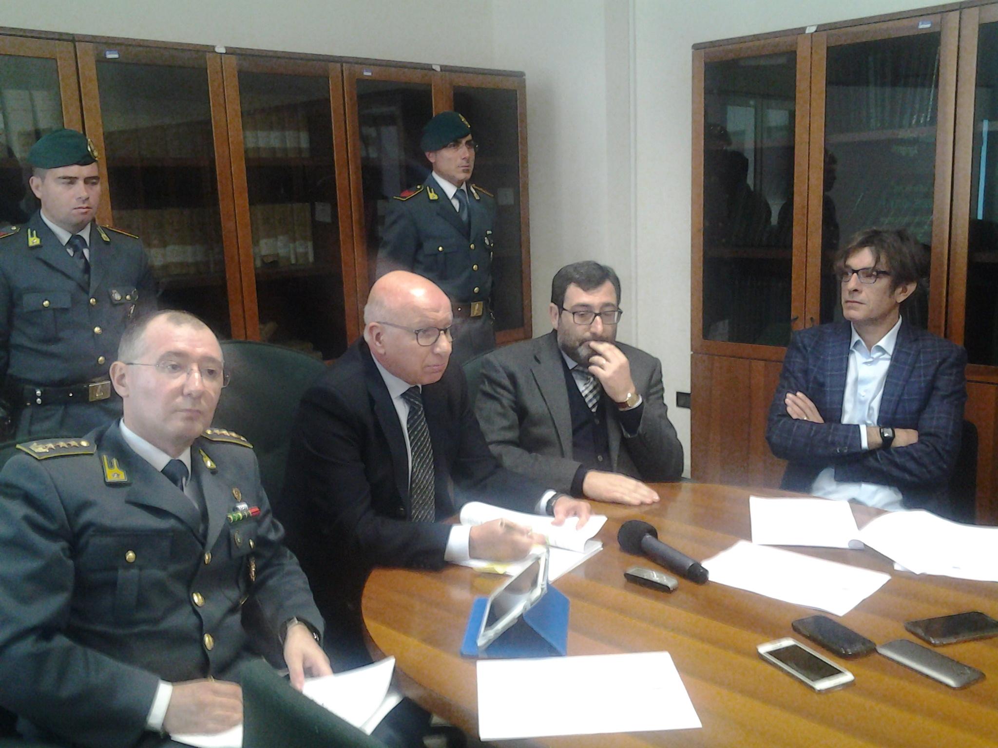 Duty Free, in manette funzionari Agenzia delle Entrate ed imprenditori: arrestato Marco Campione