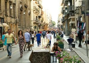 Via Maqueda a Palermo dopo le pedonalizzazioni