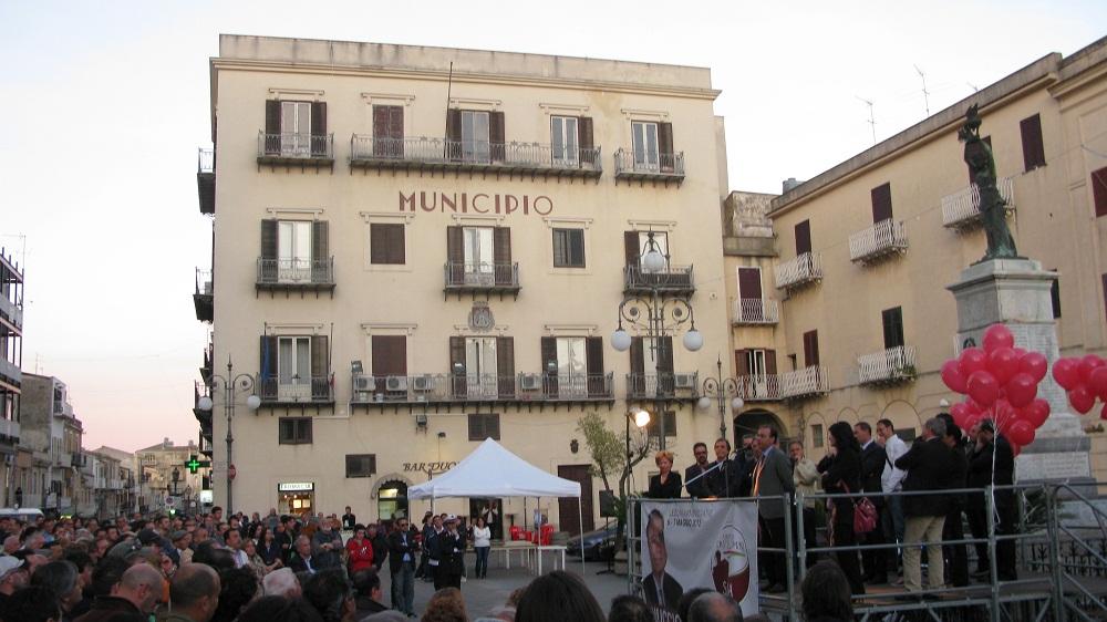 """Casteltermini: sindaco """"ineleggibile"""". Interpellanza M5S: Musumeci valuti il caso"""