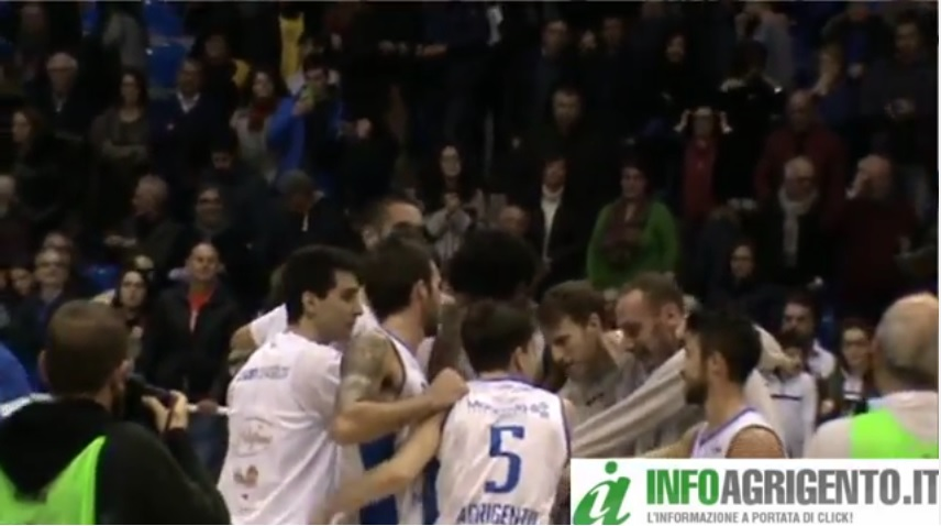 Basket: la Fortitudo batte Trapani e vola ai play off