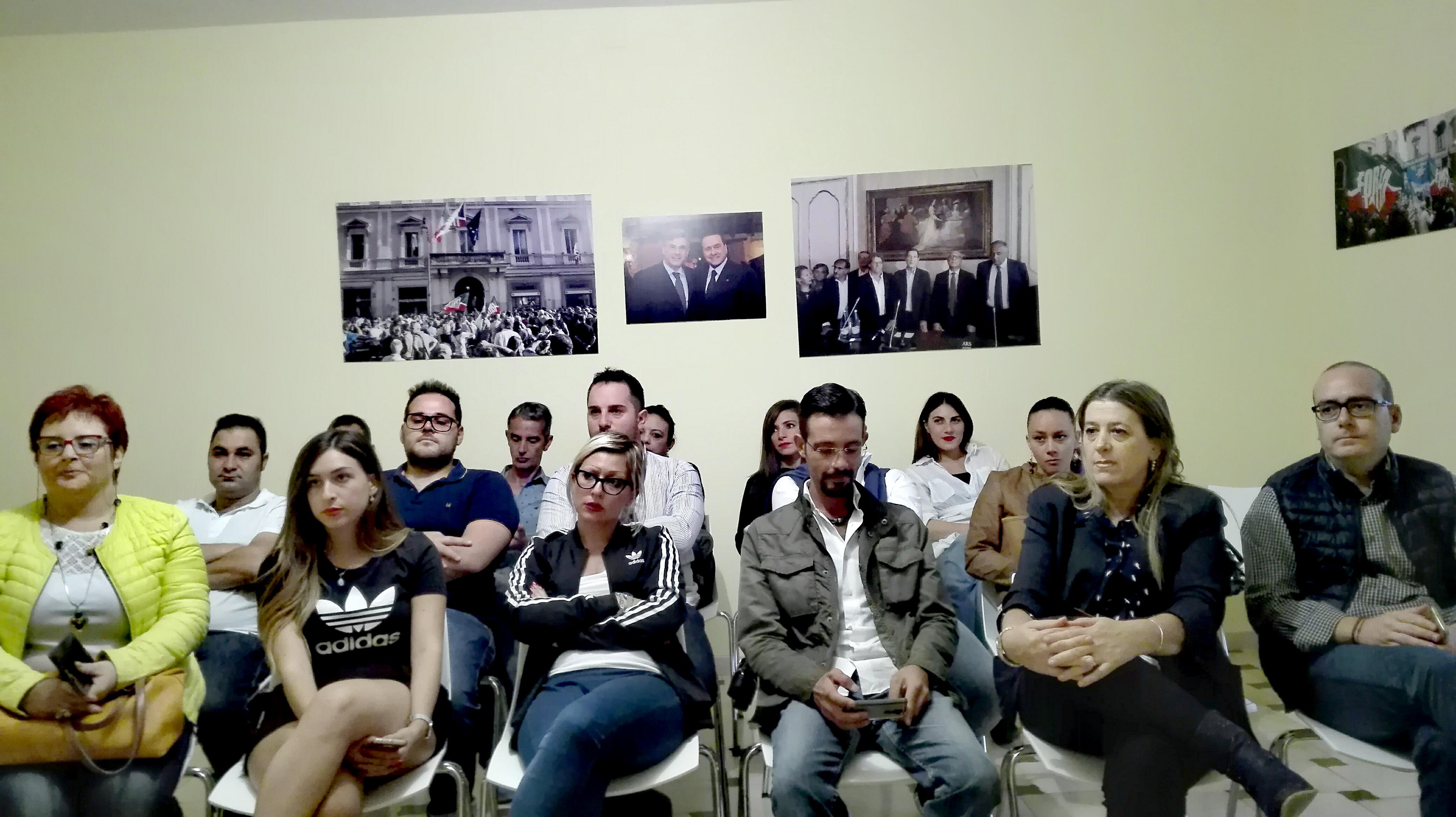 Riunione dei giovani di Forza Italia