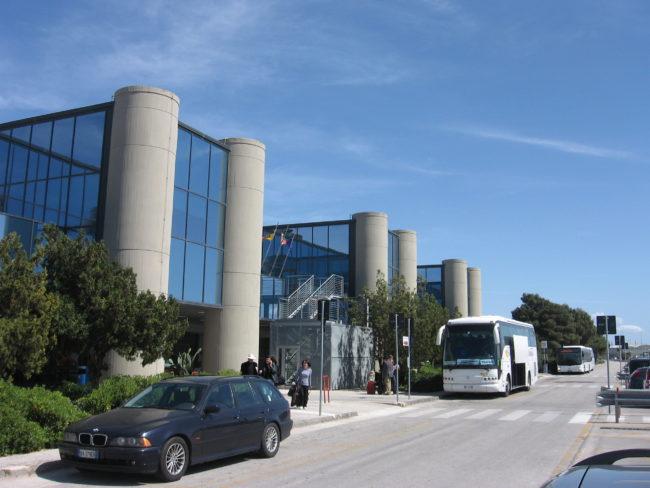 La Sicilia adesso si blinda: stop ai collegamenti con il nord