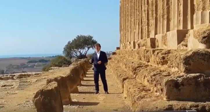 """Alberto Angela alla Valle dei Templi per raccontare """"la penisola dei tesori"""""""