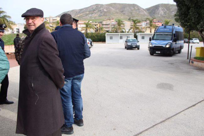 Migrante aggredisce un poliziotto al Villa Sikania, le parole del sindaco di Siculiana