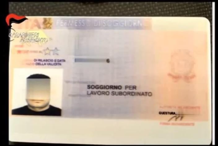 Sbarca a Siculiana con un falso permesso di soggiorno, arrestato ...