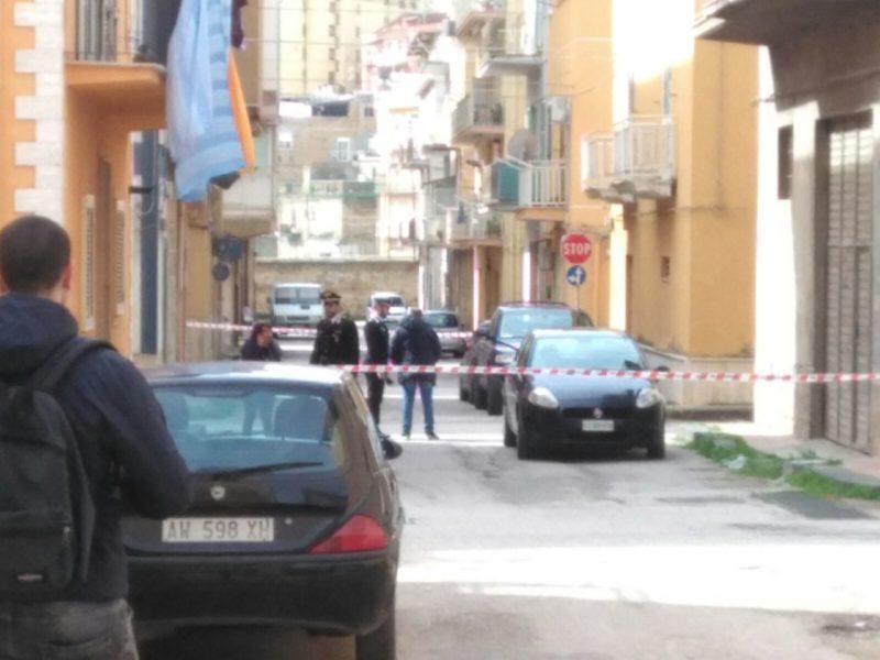 Si torna a sparare a Favara: ucciso un uomo in via Diaz