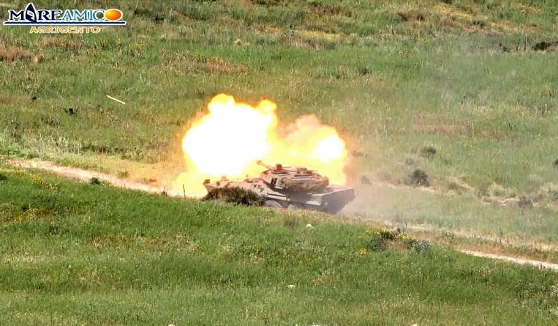 Esercitazioni dell'esercito in corso nell'area di Punta Bianca
