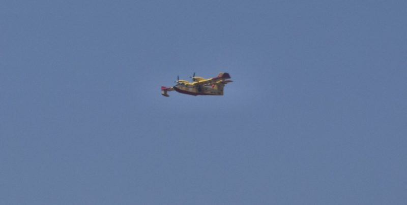 Vasto incendio vicino Casteltermini, due canadair in azione