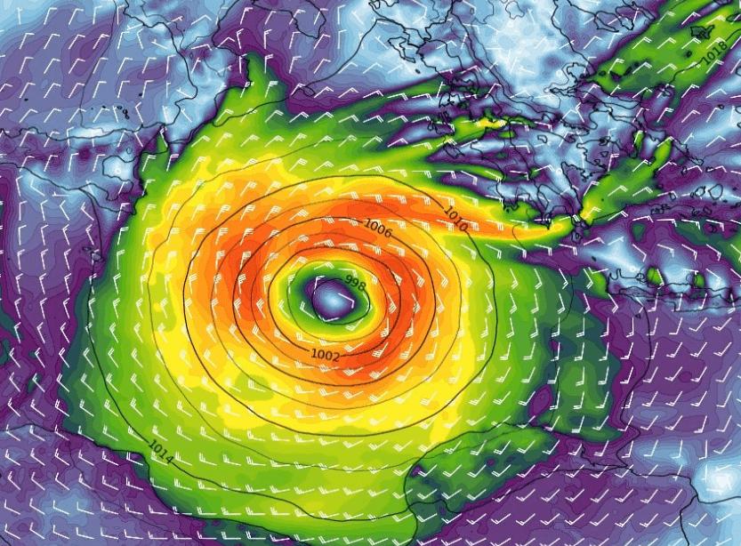 """""""Zorbas"""" un ciclone mediterraneo alle porte del mar Ionio Sicilia fuori dalla sua traiettoria"""