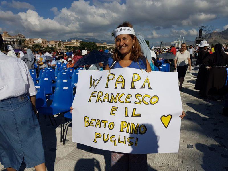 Papa a Palermo: l'editoriale di Francesco Pira