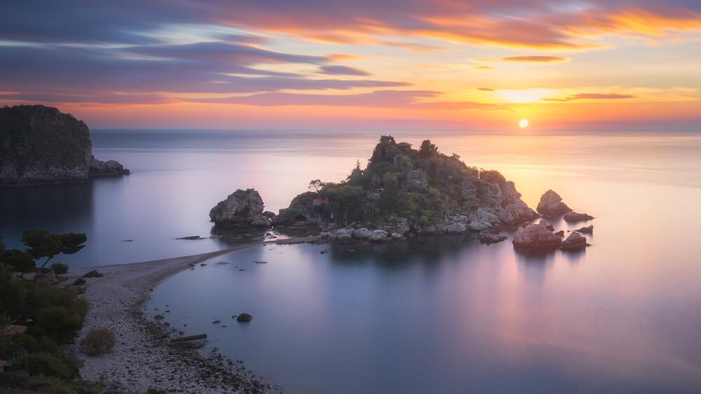 Sicilia tra bandiere blu e strutture ricettive d'èlite