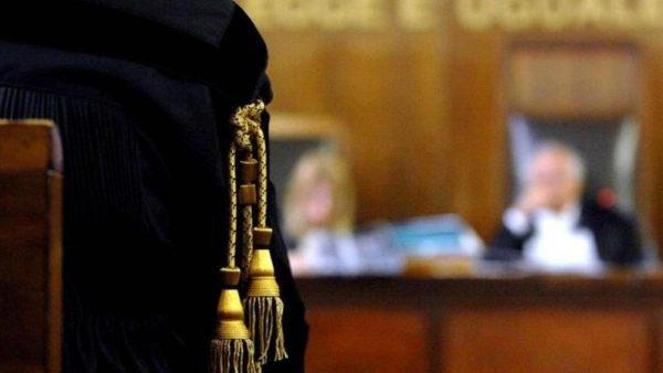 Picchia e tramortisce la cognata: condannato a 5 anni e 3 mesi