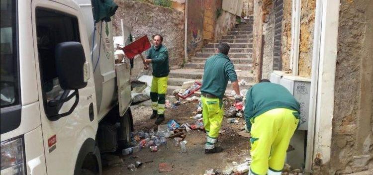 Porto Empedocle, continua lo sciopero dei netturbini: chiesta audizione al Prefetto