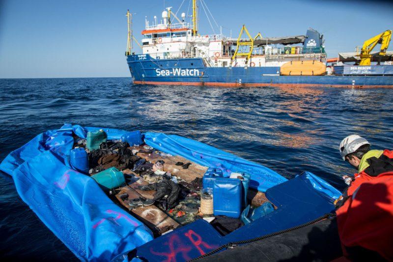 La Sea Watch sbarcata al porto di Catania