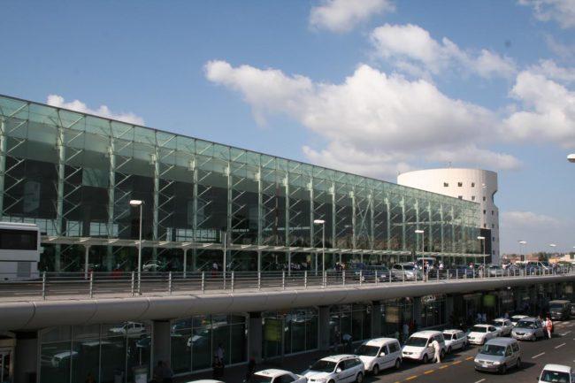 Ancora disagi all'aeroporto di Catania per via dell'attività dell'Etna