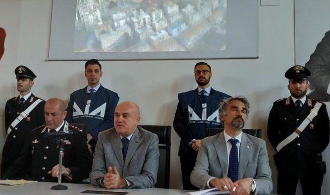 """Blitz Kerkent: violenze sessuali e minacce, il terrore inscenato dai """"nuovi"""" vertici mafiosi"""