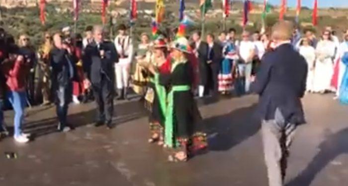 Alla Bolivia il Tempio d'Oro: spettacolo finale svolto senza balli in onore di Tusa
