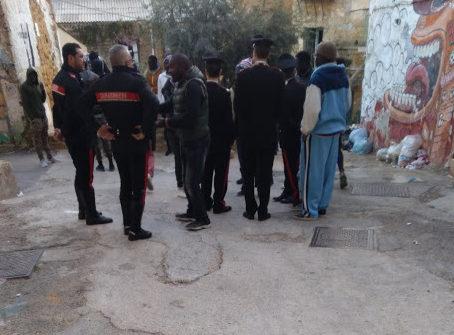 """Tensione in zona Ravanusella, l'ira dei senegalesi: """"Via gli spacciatori"""""""