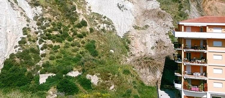 Frana Porto Empedocle, continua il monitoraggio per prevenire altri pericoli