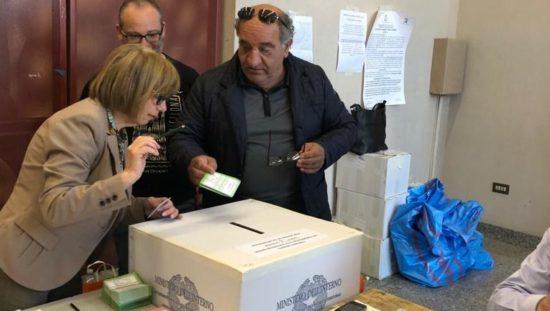 Referendum sui confini, quorum raggiunto: vince il Sì