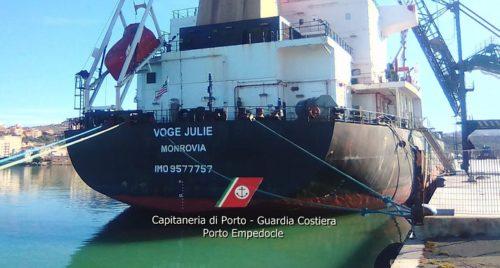 Porto Empedocle, fermata una nave liberiana dalla Guardia Costiera