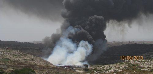 Lampedusa: è allarme diossina dopo incendio al centro di raccolta dei rifiuti