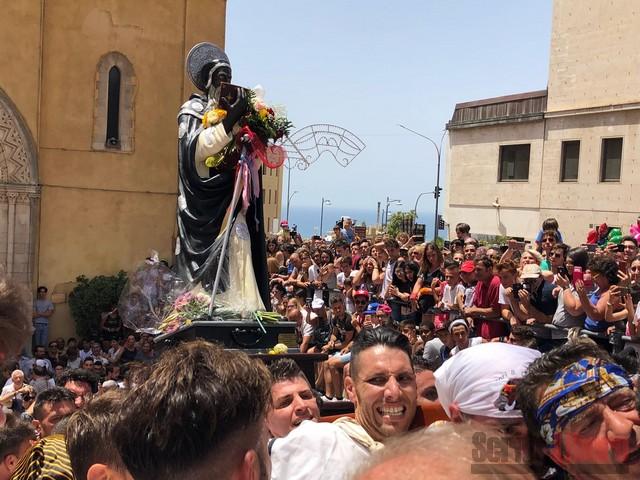 L'abbraccio di Agrigento a San Calogero