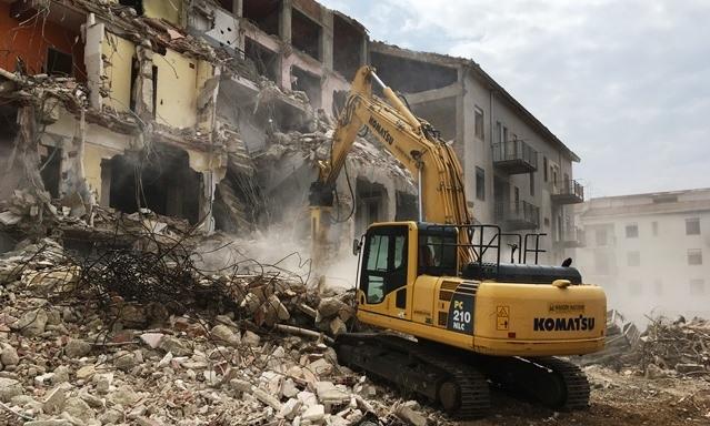 Al via la demolizione degli alloggi popolari di Ribera