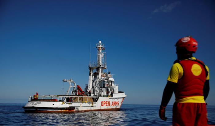 Open Arms, scesi altri migranti dalla nave dell'Ong spagnola