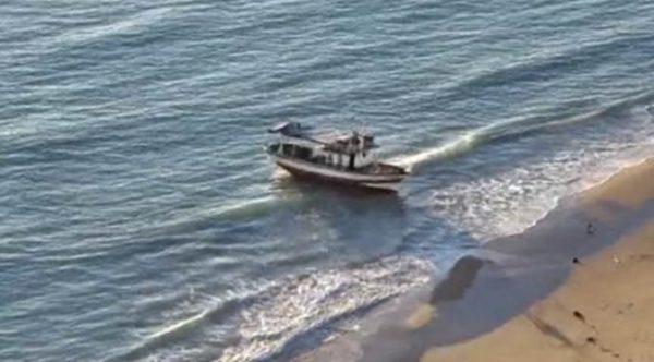 Sbarco fantasma a Punta Bianca, fermati sette migranti