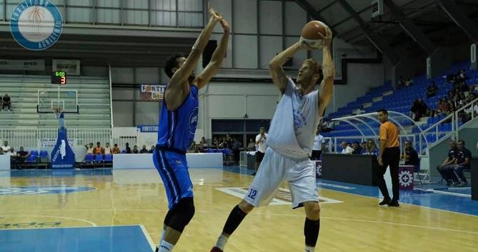 Basket, la Fortitudo batte Napoli in supercoppa