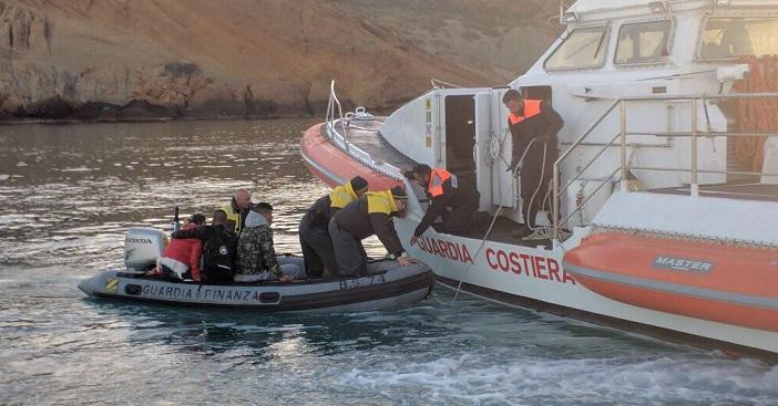 Trovato il barchino naufragato a Lampedusa, al suo interno 12 corpi