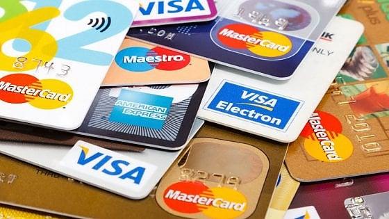 Carte di credito clonate, 4 agrigentini denunciano il fatto alla Polizia
