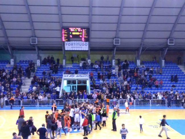 Grande vittoria della Fortitudo: biancazzurri vincono all'ultimo secondo contro Torino