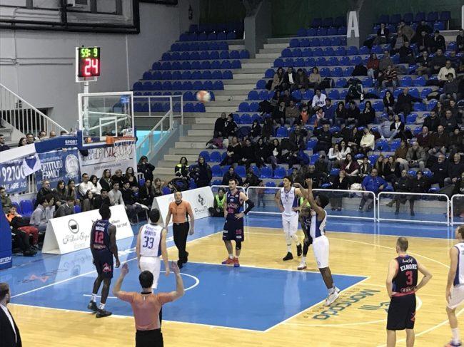 Basket, la Fortitudo Agrigento fa suo il derby contro l'Orlandina