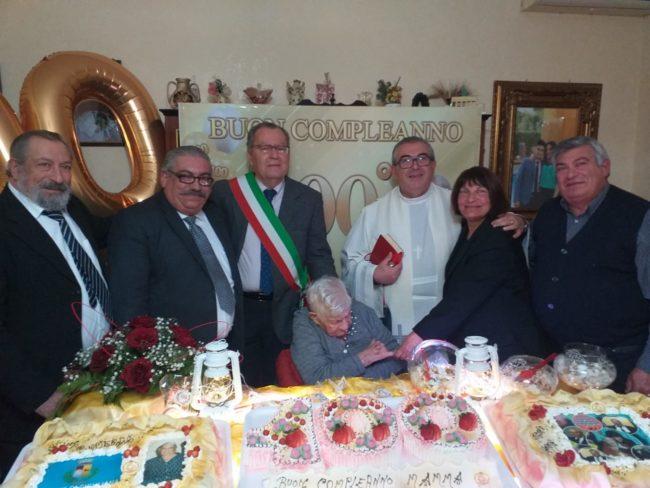 Siculiana festeggia i 100 anni della signora Virginia Tamburello