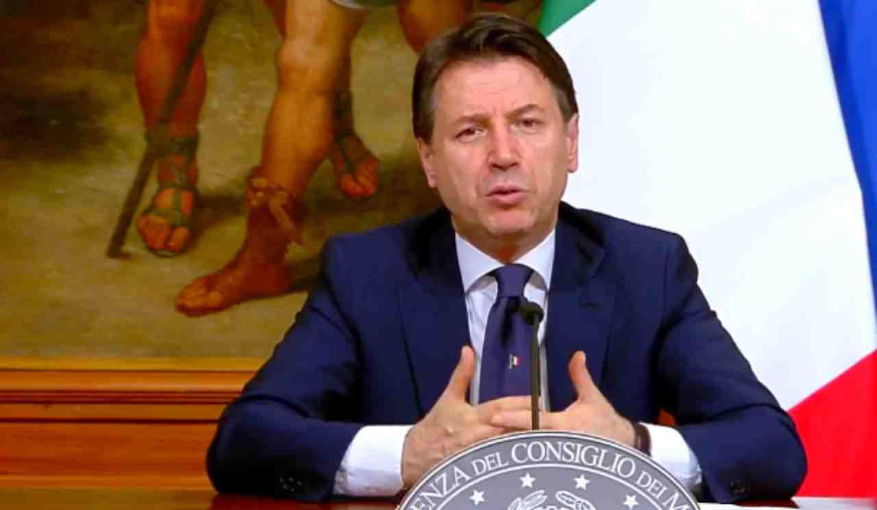 """Coronavirus, inizia la """"fase 2"""": il Testo completo del nuovo decreto del Presidente del Consiglio"""