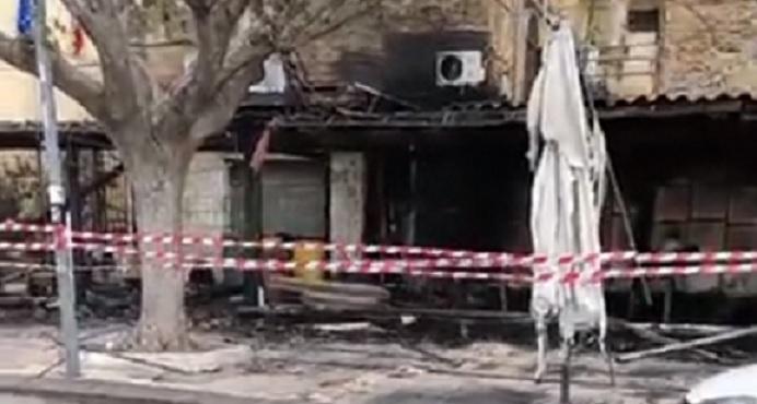 Indagini in corso per chiarire le dinamiche dell'incendio al Gran Cafè Nobel